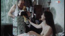 Голая грудь Екатерины Стриженовой