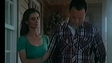 2. Соски Екатерины Стриженовой – Снайпер