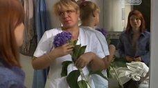 Декольте Ирины Лариной и Эмилии Спивак