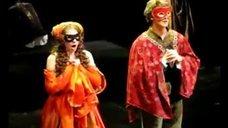 1. Фрагменты спектакля «Ромео и Джульетта» с Лизой Арзамасовой