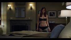 2. Кейт Мара в черном белье – Карточный домик