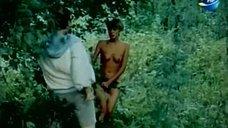 3. Голая Надежда Курилко бегает по лесу – Остров любви
