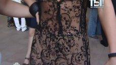4. Анастасия Задорожная в коротком прозрачном платье