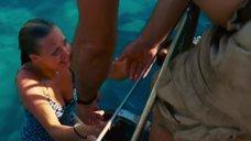 Заплыв Аманды Сайфред к кораблю