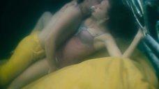 7. Поцелуй с Екатериной Вилковой под водой – На крючке!