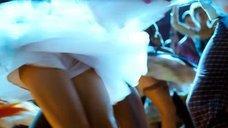 3. Екатерина Вилкова танцует – Стиляги