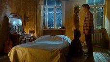 1. Постельная сцена с Оксаной Акиньшиной – Стиляги