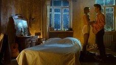2. Постельная сцена с Оксаной Акиньшиной – Стиляги