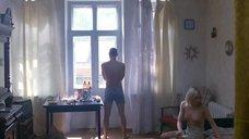 1. Голая грудь Оксаны Акиньшиной – Игры мотыльков