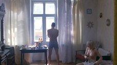 2. Голая грудь Оксаны Акиньшиной – Игры мотыльков