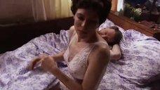 Мария Звонарева в ночнушке