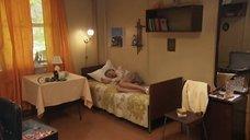 2. Под юбкой Анны Казючиц – Синие ночи
