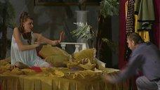 4. Сексуальная Любовь Толкалина на сцене театра – Близнецы