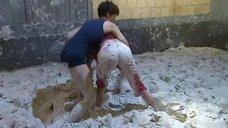 Борьба в грязи с Анастасией Мельниковой в шоу «Форт Боярд»