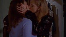 3. Лесбийский поцелуй Эми Адамс и Сары Томпсон – Жестокие игры 2: Манчестерская подготовка