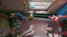 Анастасия Куимова засветила сосоки в ванне