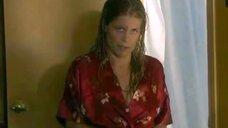 4. Засвет груди Линды Хэмилтон – Линия