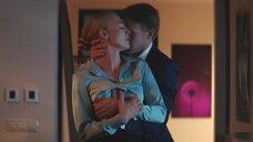 Секс сцена с Оксаной Акиньшиной