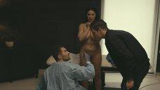 11. У девушки выпал имплант груди во время секса – Петля (2020)