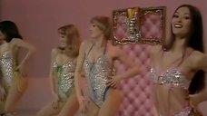 Сексапильный танец девушек