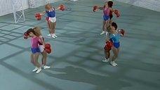 12. Секси девушки в боксерских перчатках – Шоу Бенни Хилла