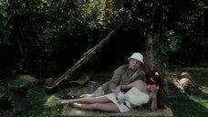 5. Сцена с горячей рыжей девушкой из племени – Шоу Бенни Хилла