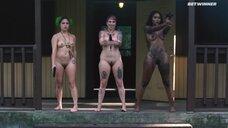 Перестрелка с голыми людоедками