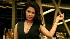 1. Горячий секс с Karnpitchar Ketmanee на столе – Mae Bia