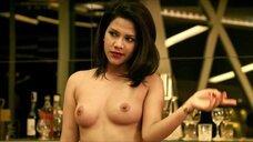 5. Горячий секс с Karnpitchar Ketmanee на столе – Mae Bia