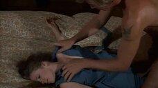 6. Изнасилование Линды Йорк – Девочки на цепи