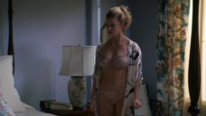 Бетти Гилпин в белье