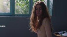 8. Голая грудь Агат Боницер – Марго и Марго
