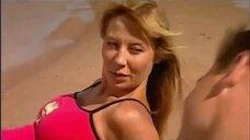 Секси Дарья Юргенс на пляже
