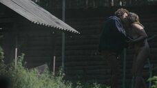 17. Эро сцена с Юлианной Михневич и Вероникой Мохиревой – Топи