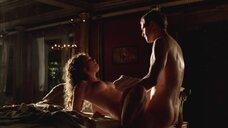 2. Страстнsq секс с Элис Хинли – Рим