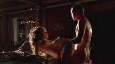 3. Страстнsq секс с Элис Хинли – Рим