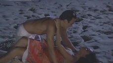 Секс сцена с Жулианой Паэс на пляже