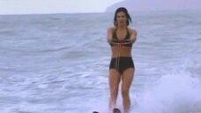 Элена Раналди на водных лыжах