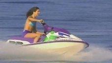 Элена Раналди и Дебора Секку на водных мотоциклах