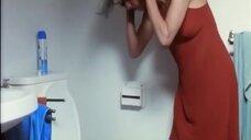 2. Саша Эл в туалете – Посмотри на море