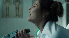 6. Секс сцена с Вероникой Лысаковой – Вампиры средней полосы