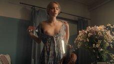 6. Красивая секс сцена с Марией Лисовой – За час до рассвета