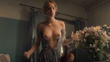 7. Красивая секс сцена с Марией Лисовой – За час до рассвета