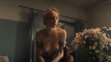 9. Красивая секс сцена с Марией Лисовой – За час до рассвета