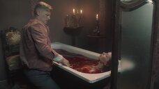 4. Тело Дарины Фёдоровой в ванне с кровью – За час до рассвета