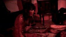2. Кровавая сцена с Ирене Хольцфуртнер – Без причин