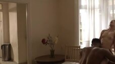 10. Бекки Флетчер подглядывает за сексом с Шарлин Купер – 50 оттенков Элис
