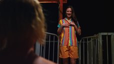 1. Обнаженная Лили Салливан в аквапарке – Псих (2012)
