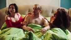 Женщины в постели