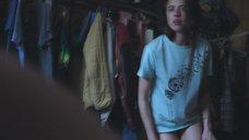 8. Маргарет Куэлли засветила голую грудь – Уборщица. История матери-одиночки